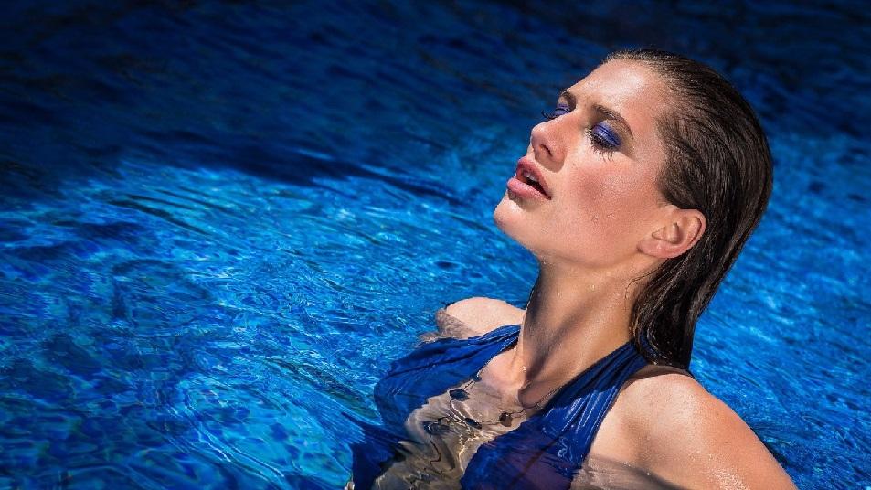 waterproof makeup for swimmers
